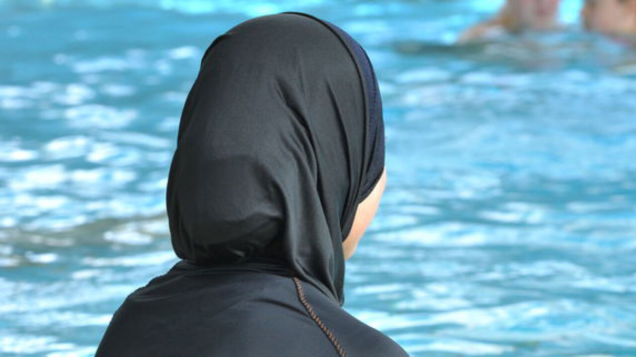 On ne recule plus : interdisons le Burkini en France !